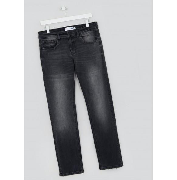 Stretch skinny black jeans *10