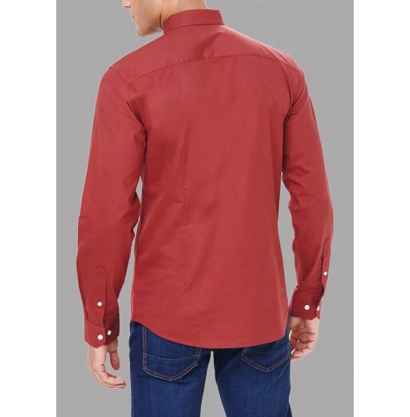 Long sleeve slim fit Oxford shirt.