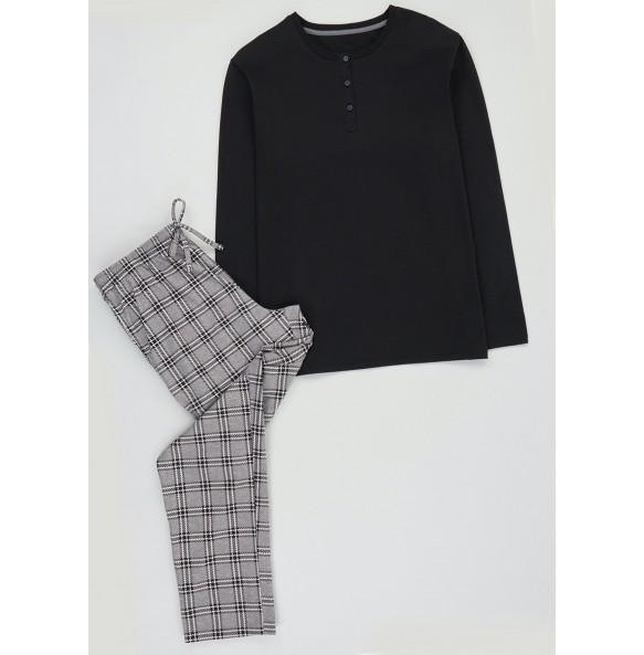 Long Sleeve Plaid Pajama Set